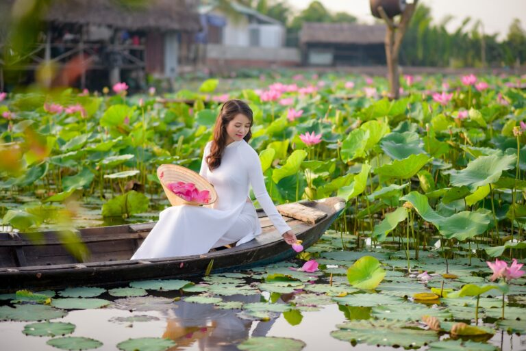 Aodai – The traditional dress of Vietnam and the elegance of Vietnamese women